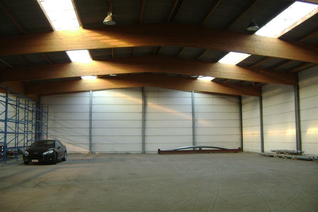 Foto 2 : Magazijn te 9800 DEINZE (België) - Prijs € 3.200