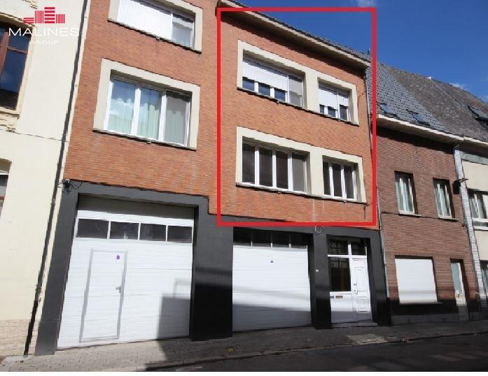 Prachtig gerenoveerde bel-etage met 3 slaapkamers in het hartje van Mechelen