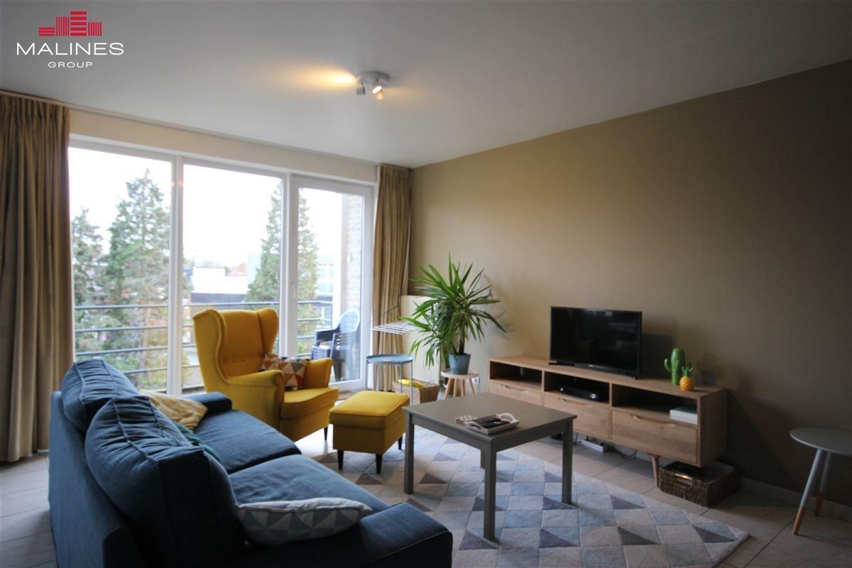 Ruim appartement met 2 slaapkamers in het dorp van Bonheiden