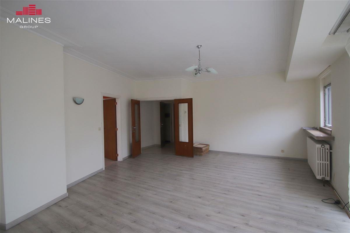 Leuk 2 slaapkamer appartement in het centrum