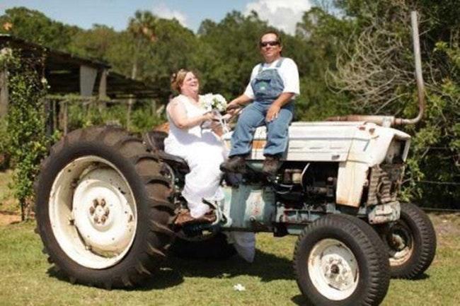59d260f4f053b   - 30 photos hilarantes de mariages à la campagne