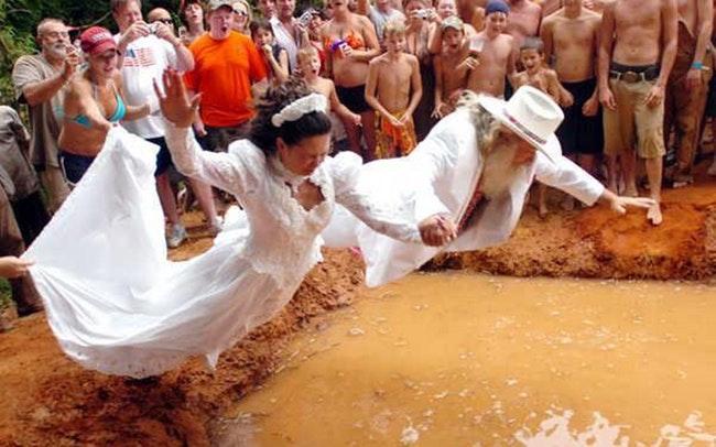 59d261019f2c2   - 30 photos hilarantes de mariages à la campagne