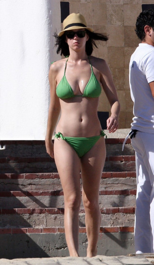 59dfa3e5a856f   - Les plus belles photos de Katy Perry... en bikini!