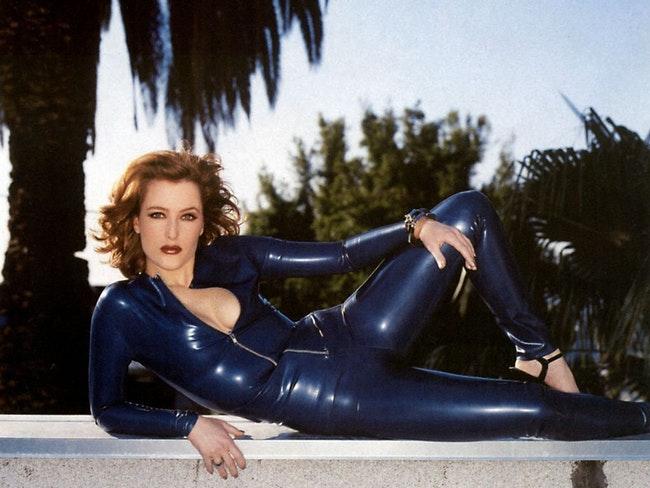 59f0e7fb22934   - Les photos de Gillian Anderson les plus sexy