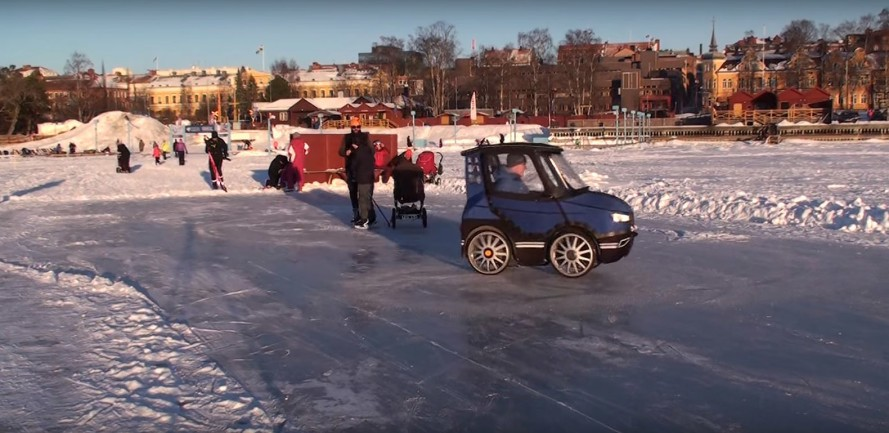 PodRide Ice 889x433 - It Looks Like The World's Smallest Car, But Watch What Happens When He Opens The Door. Unbelievable!