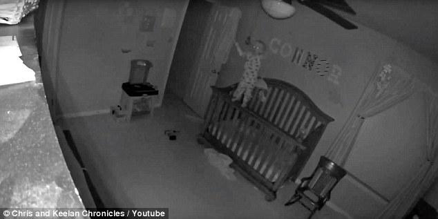 32ba0bc800000578 3518435 demon child a video of a possessed toddler balancing precariousl a 1 1459493533704 - [VIDÉO] Un enfant possédé affole le net. S'agit-il d'un canular?