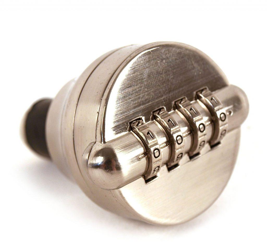 cadenas 1024x952 - Top 6 des cadeaux à offrir à un pote qui aime l'apéro