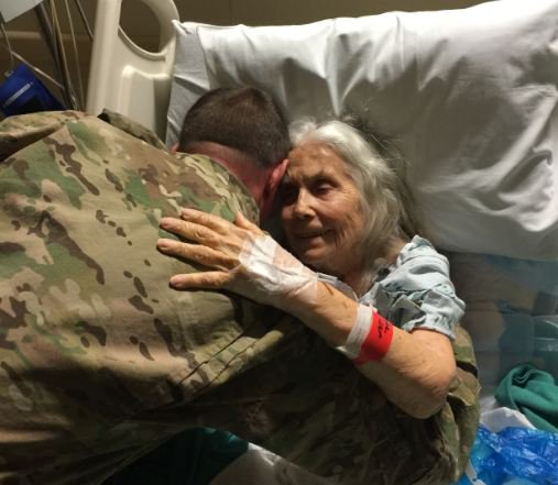 grandma hugs soldiers 4 - 'The Hug Lady' Disappears After Giving Returning Soldiers Hugs For Over 12 Years, Then Soldiers Learn The Sad Truth