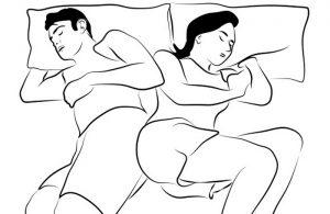 10 5 300x195 - Quand la manière de dormir en dit long sur le couple: on a décrypté 10 positions !