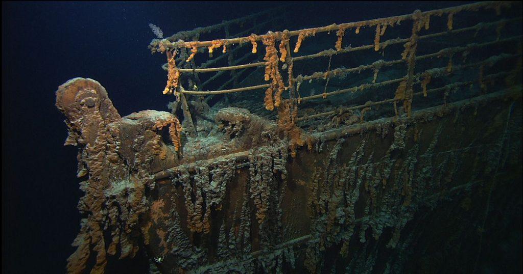 ballard image 2 wreck with rusticles 1024x538 - Visiter l'épave du Titanic, ça te tente ?