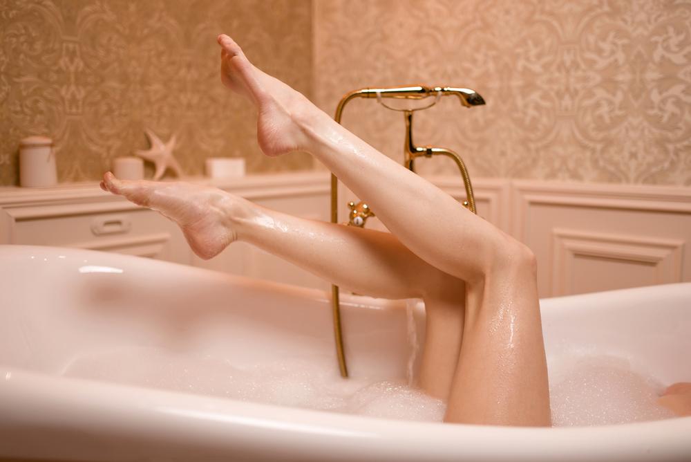 depositphotos 142354662 m 2015 - Prendre un bain chaud fait perdre autant de poids que le sport: c'est la science qui le dit !