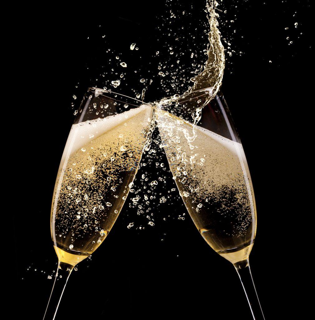 Boire 3 verres de champagne par semaine pr vient la - Boire une coupe de champagne enceinte ...