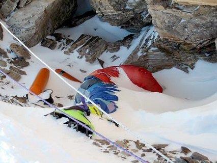 3 21 - Everest : les alpinistes se repèrent grâce aux cadavres des grimpeurs disparus