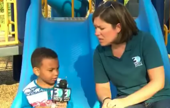 boy sign police tears 5 - 5-Year-Old Boy Walks In With Sign Around His Neck. Next, Cops Quickly Reads It And Runs Over In Tears