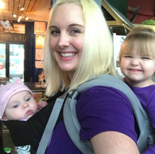 cashier 2 - Two-Year-Old Perfectly Shuts Down Rude Cashier With This Unthinkable Answer