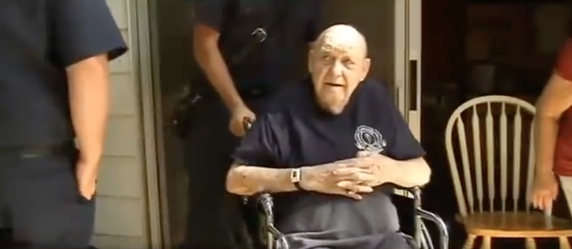 firefighters help retired 2 - 82-Year-Old Man Constantly Calls For Help. When Firemen Arrive To Help, He Confesses Who He Really Is