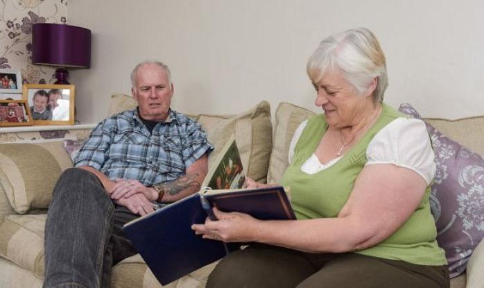 3 4 - 難病で30年間の記憶を全て失った夫を支える妻