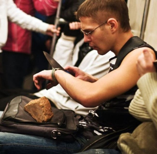 16bizzaretransport - 18 Photos Of The Most Unusual People On Public Transport