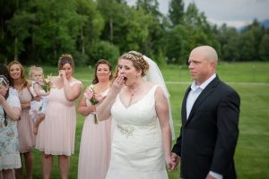19756402 1607721459239647 6166219037390437881 n 850x566 300x200 - Bride Suddenly Stops The Wedding. Then, She Bursts Into Tears In Another Man's Arms