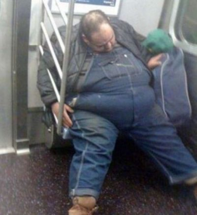 2bizzaretransport - 18 Photos Of The Most Unusual People On Public Transport
