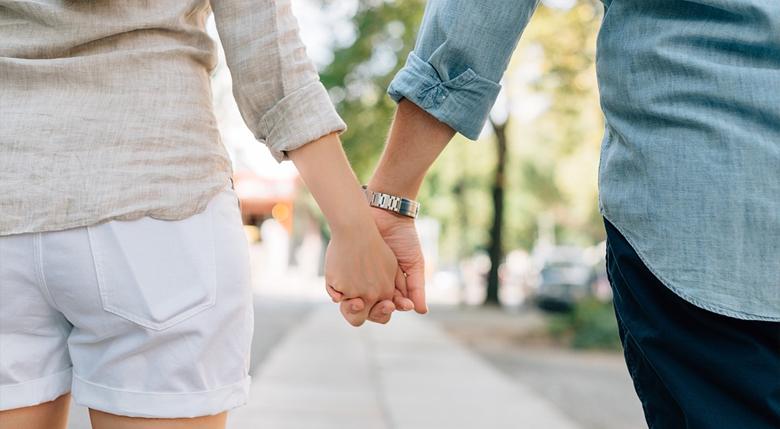 3 43 - 남자친구가 당신을 진정으로 사랑할 때 보이는 10가지 행동