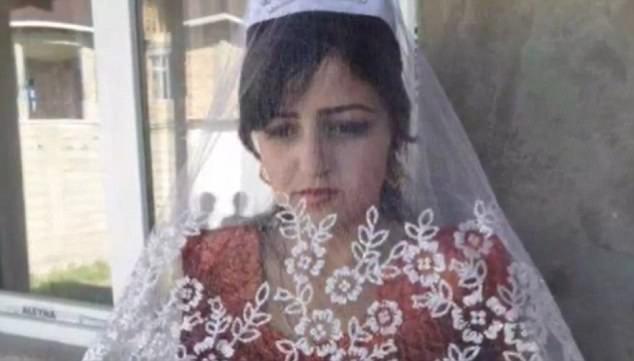 4248ce0a00000578 4692306 image a 35 1499940710539 - 남편이 강요한 '처녀성 검사' 때문에 자살한 18세 소녀
