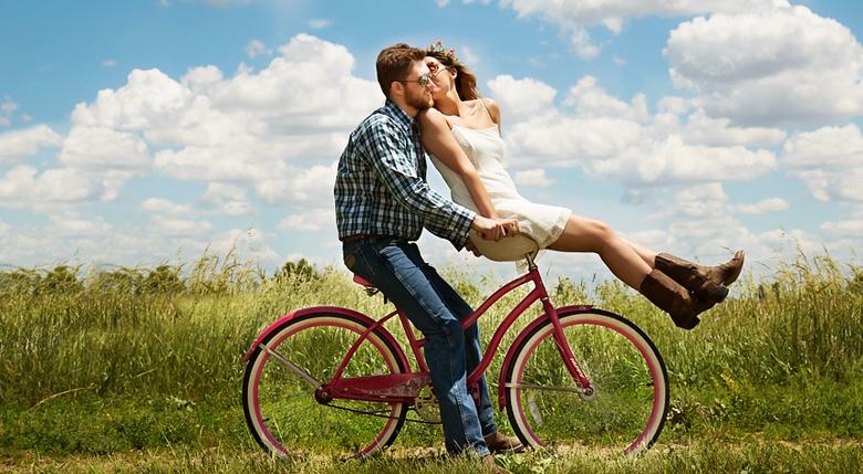 8 8 - 남자친구가 당신을 진정으로 사랑할 때 보이는 10가지 행동