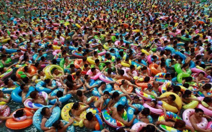 dead sea of china 3 e1500896909875 - 아무도 알려주지 않은 '수영장 물'에 숨겨진 소름끼치는 비밀 10가지