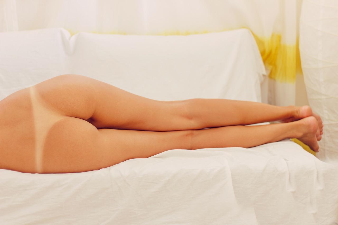 erotic 2549106 1280 - 【衝撃エロ情報】 まさかのパイパンの人気AV女優ランキングTOP10