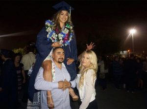 girl recreates graduation photo family madeleine tarin 2 300x223 - Toddler Takes Photo With Parents. After 17 Years, She Posts Two Pictures To Expose Truth