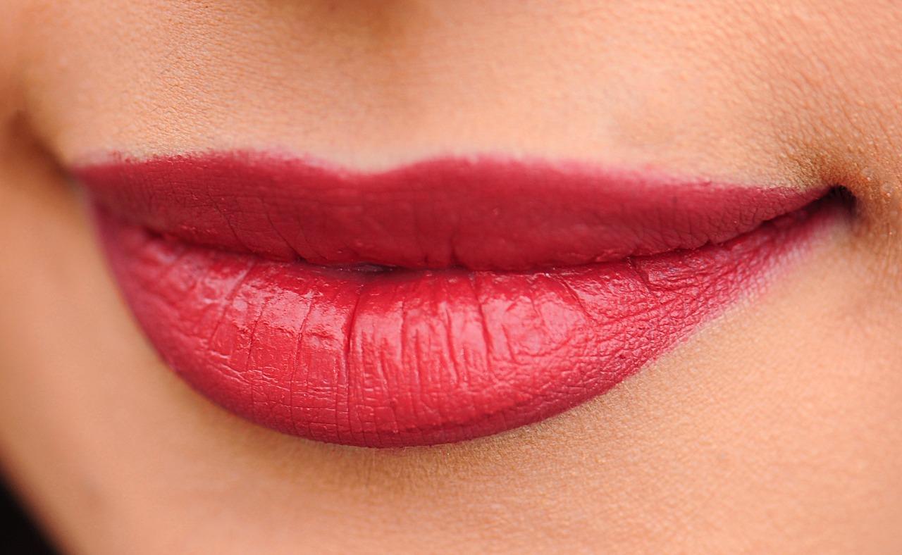 lips 1690875 1280 - 【エロ情報】 実は外見だけでわかる!その女性が「名器」かどうかが分かる方法7選