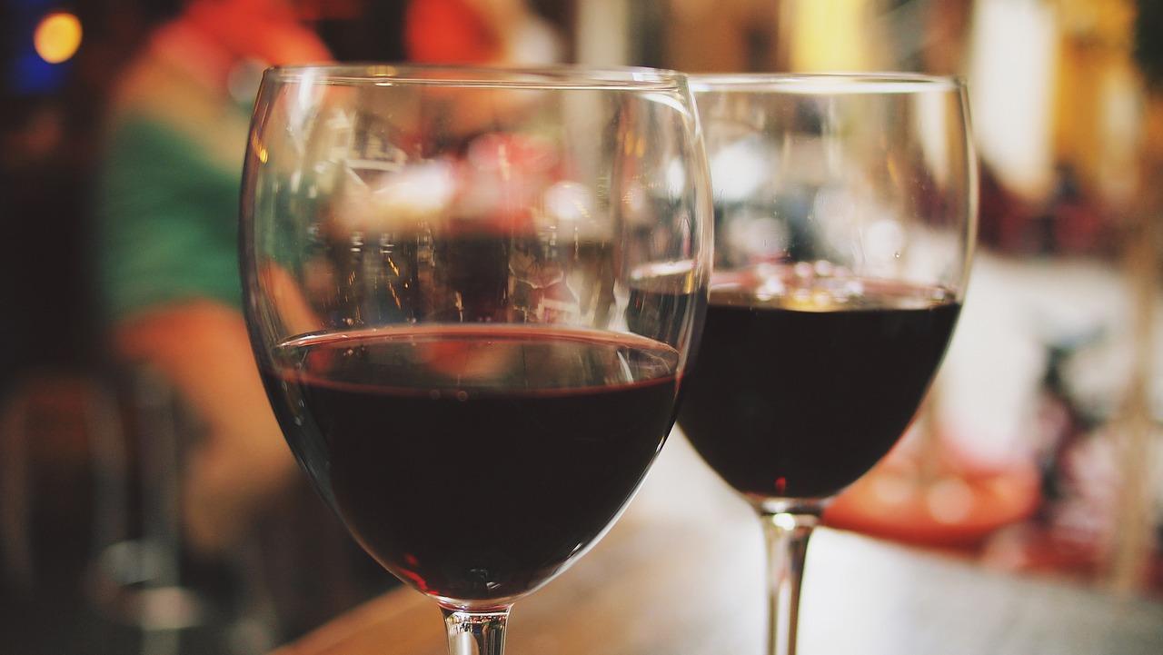wine 890370 1280 - 【超簡単】 クラブナンパお持ち帰りできる方法まとめ