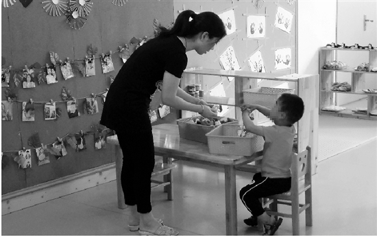 01 1 - '4살' 아들 유치원 간 사이 이사 가버린 친아빠... '경악'