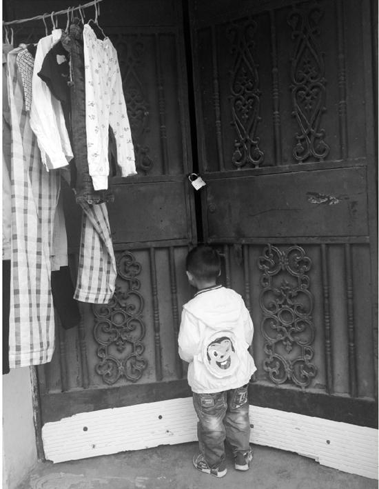 1 5 - '4살' 아들 유치원 간 사이 이사 가버린 친아빠... '경악'