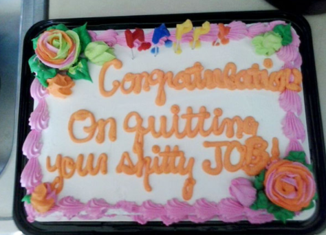 10 farewellcakes - 15 Hilarious Farewell Cakes That Go Too Far
