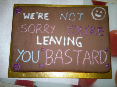 12 farewellcakes - 15 Hilarious Farewell Cakes That Go Too Far