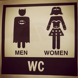 12b funnybathroomsigns - 16 Hilarious and Clever Bathroom Signs