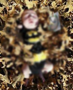 17081805008 - 건강하게 태어나 '6주' 만에 세상 떠난 아기, 부모는 태연하게 죽은 아기와 '인증샷'