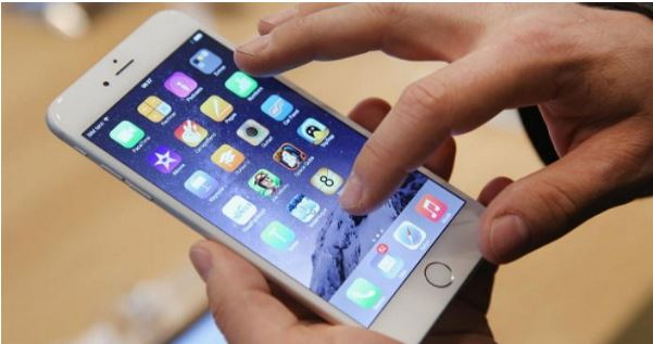 1708280101 gettyimagesbank - '아이폰 배터리' 오래 사용하는 꿀팁 9가지