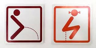 1b funnybathroomsigns - 16 Hilarious and Clever Bathroom Signs