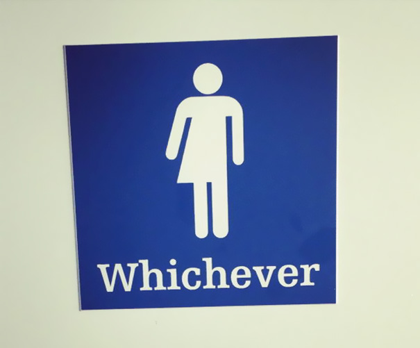 2a funnybathroomsigns - 16 Hilarious and Clever Bathroom Signs