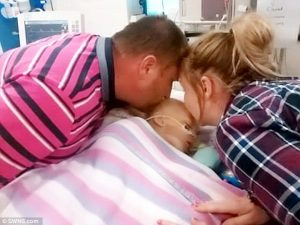 "2f95c82300000578 0 image a 10 1450914581532 300x225 - Parents Give Sick Baby A Goodbye Kiss, Suddenly Doctors Begin Yelling, ""Oh My Gosh"""