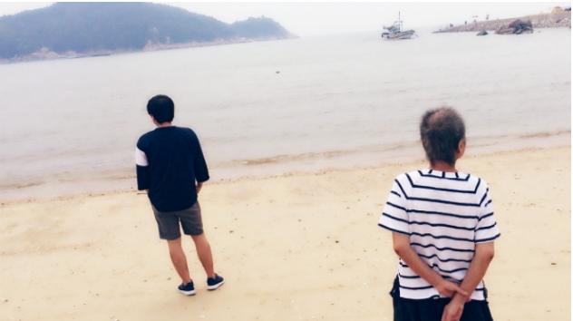 article 3 6 - '시한부' 엄마와 마지막 여행 떠난 아들의 사연... 동행한 친구에 '폭풍 감동'
