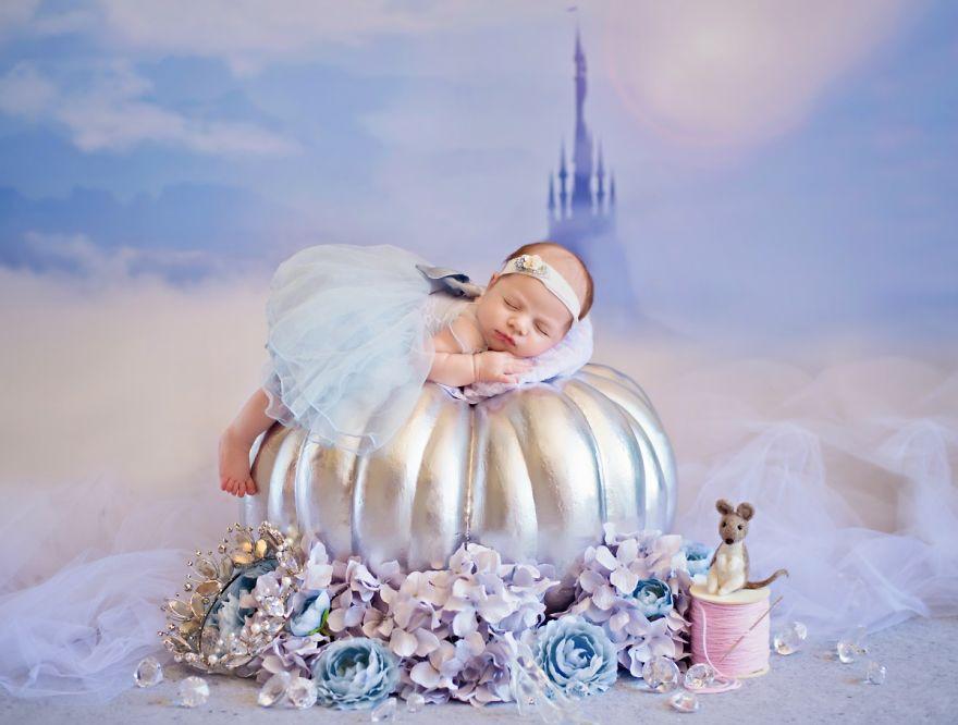 eab3b5eca3bc 2 - 디즈니 공주님으로 변신한 6명의 사랑스러운 아기들 (사진)