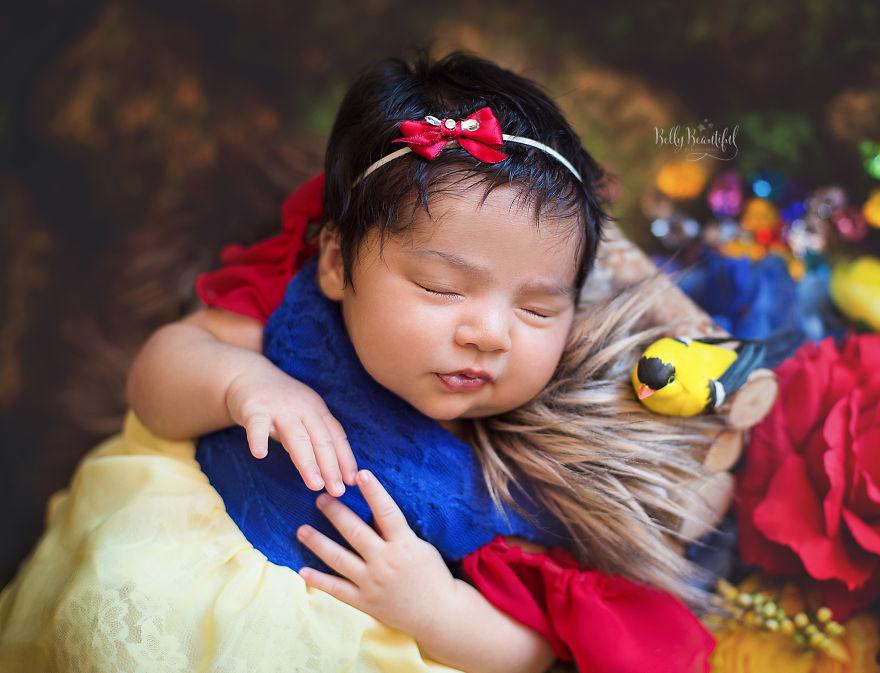 ebb0b1ec84a42 - 디즈니 공주님으로 변신한 6명의 사랑스러운 아기들 (사진)