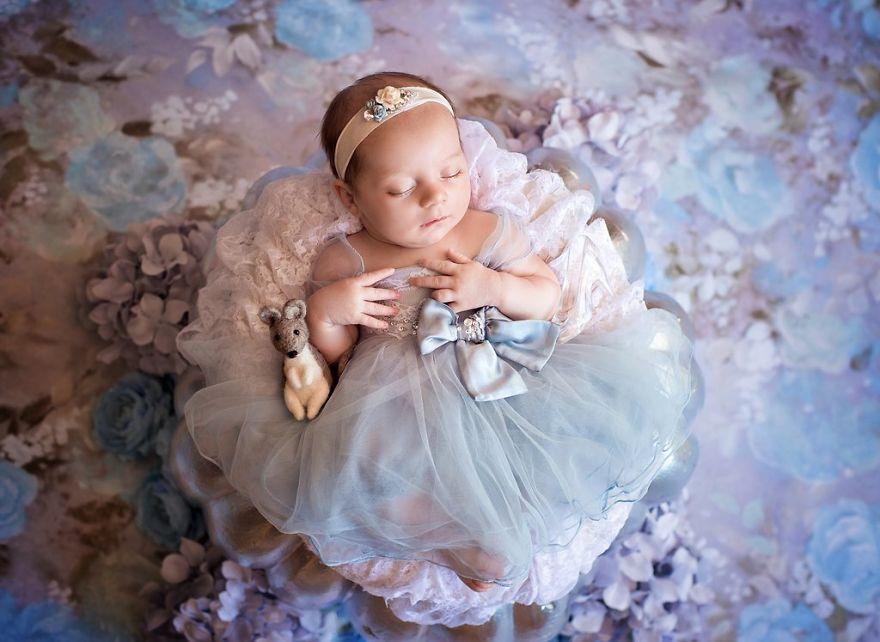 ec8ba0eb8db0eba090eb9dbc3 - 디즈니 공주님으로 변신한 6명의 사랑스러운 아기들 (사진)