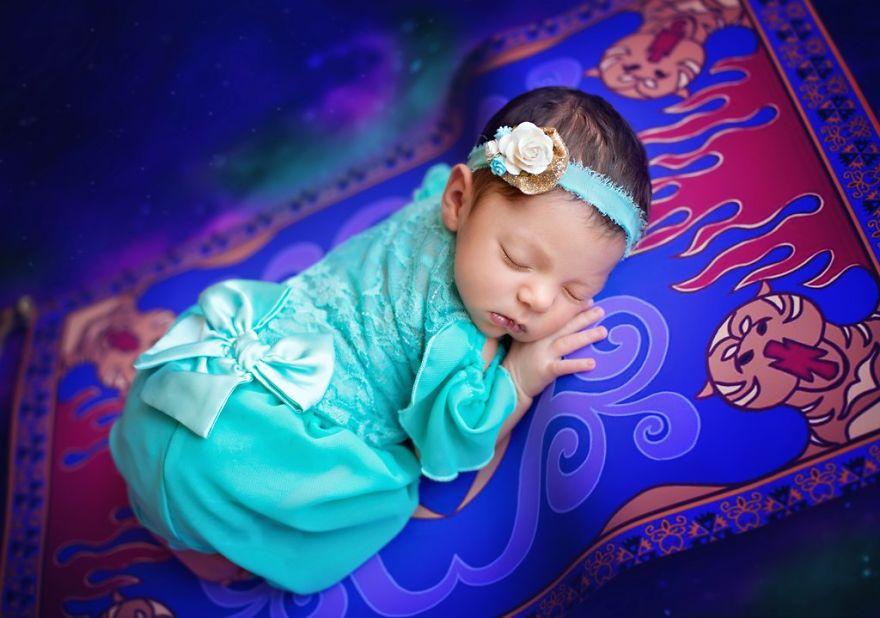 ec9e90ec8aa4ebafbc2 - 디즈니 공주님으로 변신한 6명의 사랑스러운 아기들 (사진)