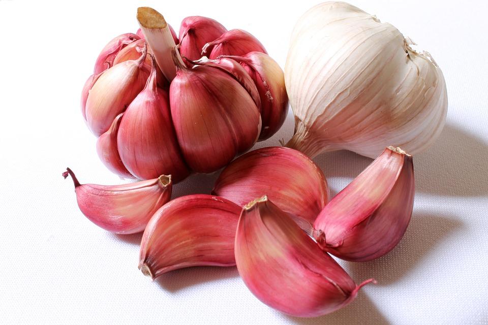 garlic 618400 960 720 - 오늘부터 1일 1'이것' 섭취! '성욕' 자극 음식 7가지