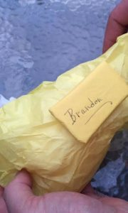 gift 4 850x1419 180x300 - Couple Waits To Open Wedding Gift For Years. When They Unwrap It, They Reveal Unchanging Truth