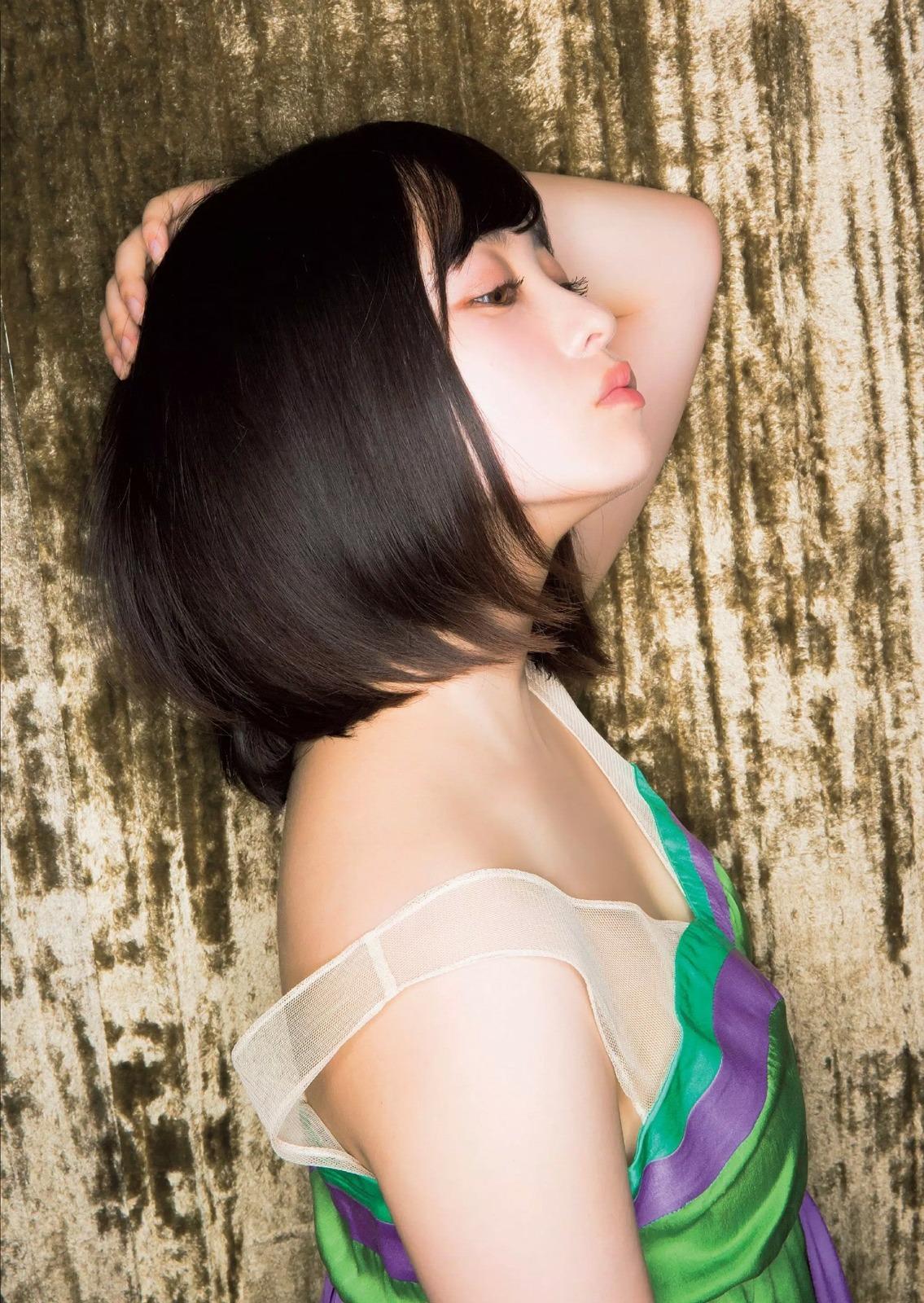 img 59a3cbaacffc1 - 千年に一度のアイドル、橋本環奈ちゃん!久々のグラビア画像!